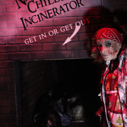 SINISTER_HOLIDAY_2013_7697