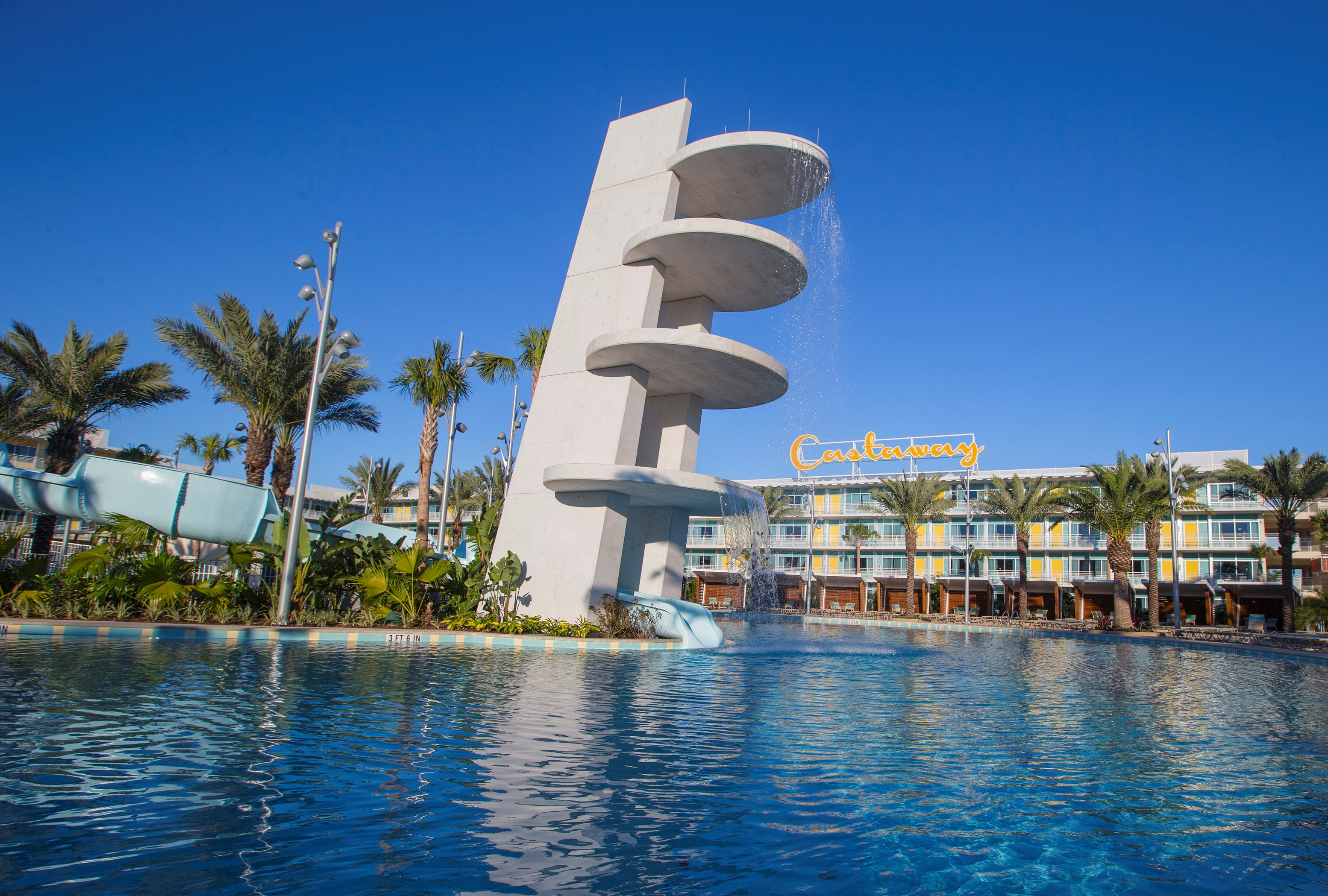 Universal Orlando S Fourth On Site Hotel Cabana Bay Beach Resort Is Now Open The Retro Inspired Features Incredible Amenities For