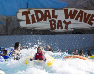KNott's Soak Tidal Wave Bay