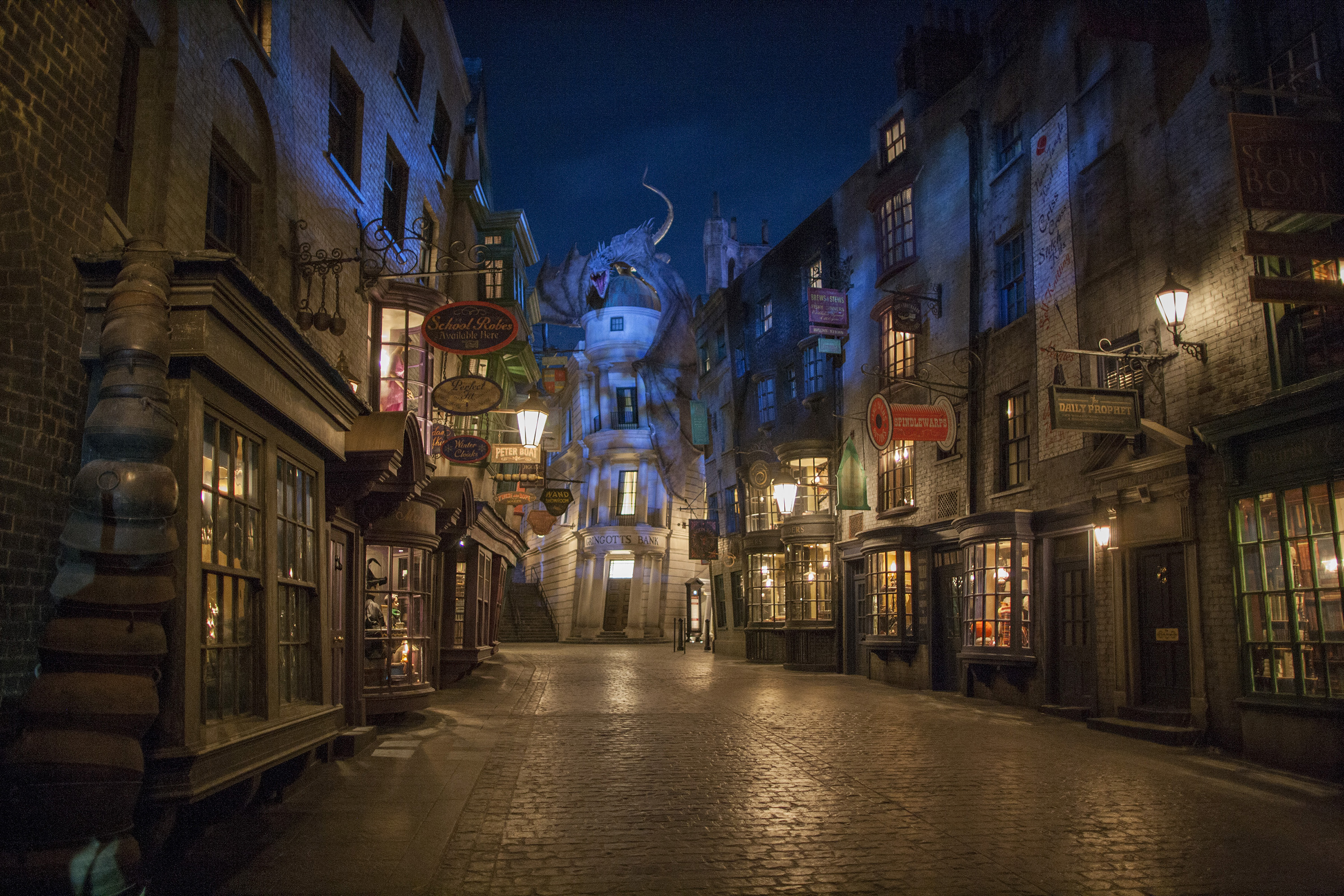 -resources-digitalassets-Diagon Alley_1