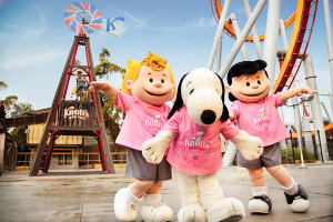 Knott's For The Cure_Snoopy Lucy Sally