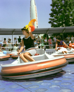 flying-saucers-disneyland