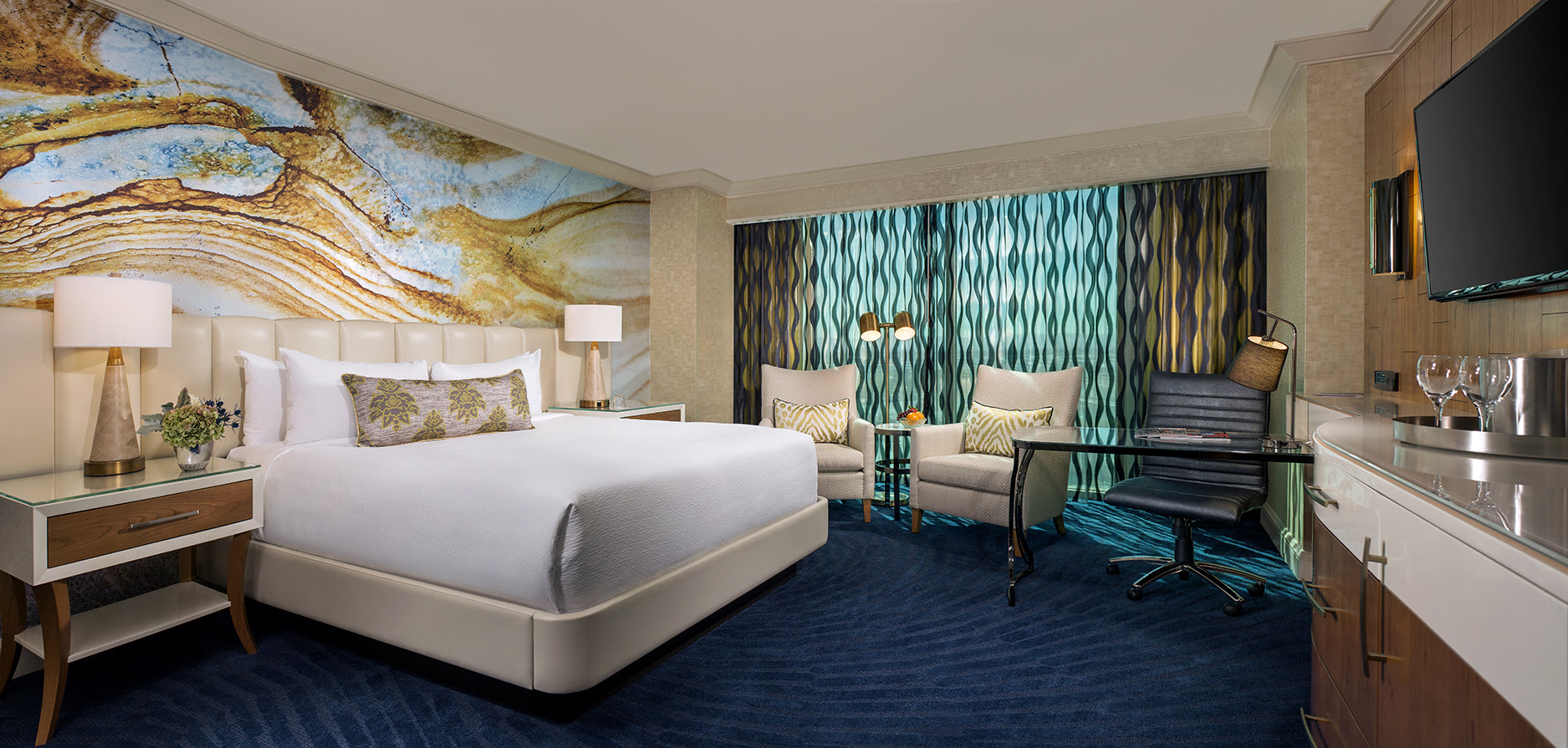 Mandalay Bay Las Vegas Unveils Newly Remodeled Hotel Rooms